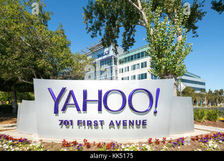 Yahoo Headquarters Sunnyvale California Silicon Valley Sign with Logo on 701 First Avenue. - Stock Image