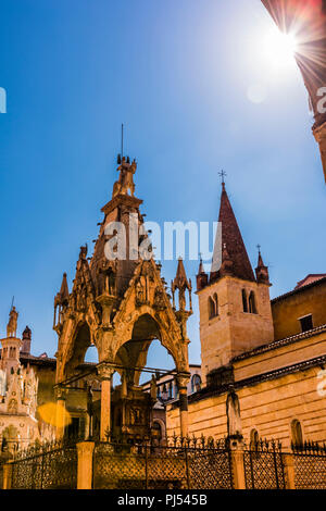 Church and tomb against the sunlight in Verona, Italy - Stock Image