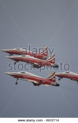 Rivolto Italia Air show 2005 Northrop F 5 jets of Tiger Swiss Air Force aerobatic team - Stock Image