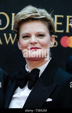 London, UK. 7th Apr 2019. Martha Plimpton poses on the red carpet at the Olivier Awards on Sunday 7 April 2019 at Royal Albert Hall, London. Picture by Credit: Julie Edwards/Alamy Live News - Stock Image
