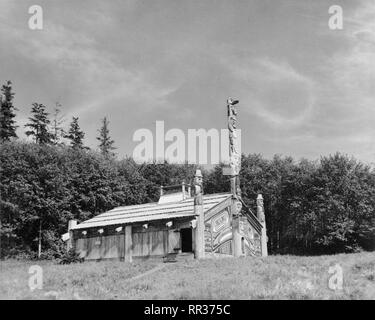 Totem Bight Community House Mud Bight Village North Tongass Highway Ketchikan - Stock Image