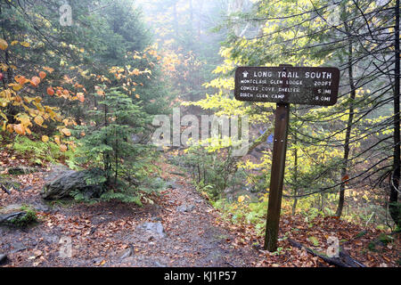 Long Trail sign, Camel's Hump, VT, USA - Stock Image