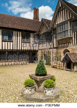 Ightham Mote medieval manor house, Ivy Hatch, Sevenoaks, Kent, England, UK - Stock Image