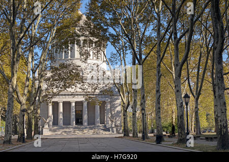 Grants Tomb, New York, NY, October 2013. Although this New York landmark is known colloquially as Grants Tomb, it - Stock Image
