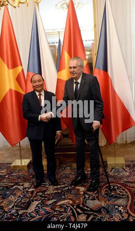 Prague, Czech Republic. 17th Apr, 2019. President Milos Zeman (right) meets Vietnamese PM Nguyen Xuan Phuc in Prague, Czech Republic, April 17, 2019. Credit: Katerina Sulova/CTK Photo/Alamy Live News - Stock Image