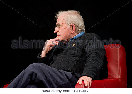March 15th 2015 Noam Chomsky interviewed, listening, by writer for the Nation Magazine, John Nichols - Stock Image
