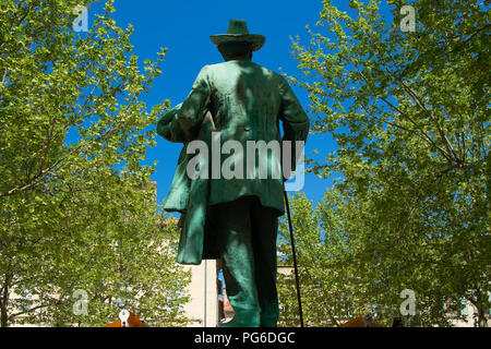 Statue of the poet Mistral place du Forum at Arles - Stock Image