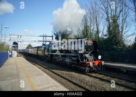 Battle of Britan Class Bulleid Light Pacific Locomotive Lord Dowding at Reading West - Stock Image