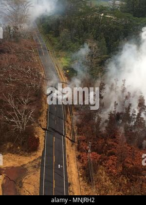 Aerial view of ground cracks and poison gases on Pohoiki Road caused by magma pushing up from underground fissures from the eruption of the Kilauea volcano May 17, 2018 in Pahoa, Hawaii. - Stock Image