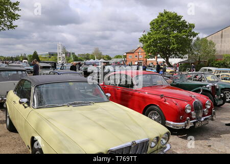 Jaguar XJ Coupe (1975) and Jaguar Mk2 3.8 (1966), British Marques Day, 28 April 2019, Brooklands Museum, Weybridge, Surrey, England, Great Britain, UK - Stock Image