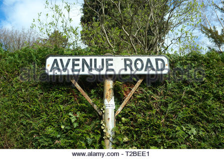 Avenue Road - street road sign in Great Malvern in Worcestershire, UK. - Stock Image