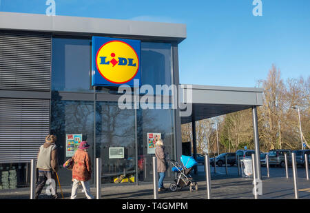 Lidl store, Hayling Island, Hampshire, UK - Stock Image