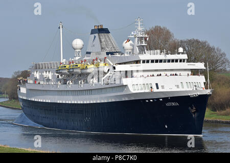 World's oldest still serving cruiseship Astoria in the Kiel canal - Stock Image