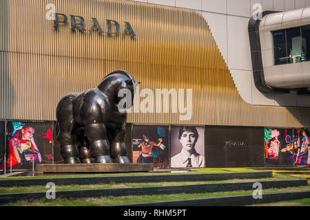 horse statue in luxury goods retail area in bangkok - Stock Image