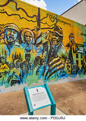 Civil Rights march of 1965 from Selma to Montgomery Alabama painted in mural form by Sunny Paulk and Corey Spearman in Montgomery Alabama, USA. - Stock Image