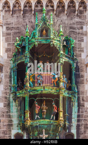 CARILLON, GLOCKENSPIEL, CHIMES, NEW TOWN HALL, MARIENPLATZ SQUARE, MUNICH, BAVARIA, GERMANY - Stock Image