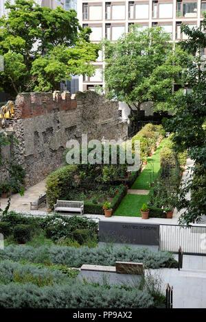 Salters Garden in the City of London in August 2018 London UK  KATHY DEWITT - Stock Image