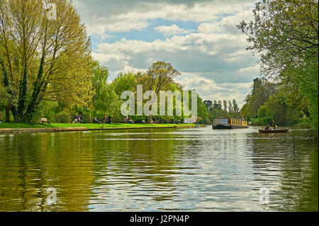 A springtime scene of the River Avon in Stratford upon Avon, with boats on the river. - Stock Image