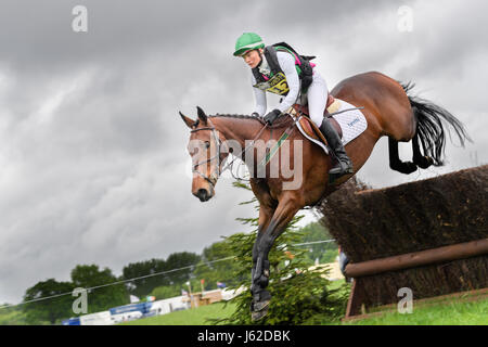 Rockingham Castle grounds, Corby, UK. 19th May, 2017. The horse 'Max Faxtor' ridden by Lauren Shannon jumps - Stock Image