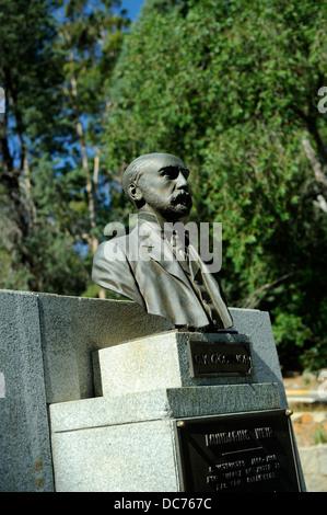 Bust of C. Y. O'Connor, pioneering engineer, Mundaring, Western Australia - Stock Image