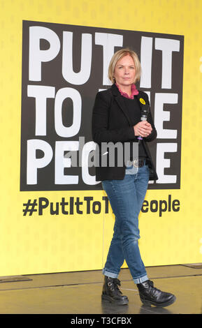 London, UK. 23rd Mar, 2019. Mariella Frostrup, broadcaster, host at the  People's Vote March and rally, 'Put it to the People.' Parliament Square. - Stock Image