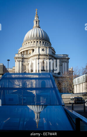 St Paul's Cathedral reflected in the glass of One New Change shopping centre. London, UK - Stock Image