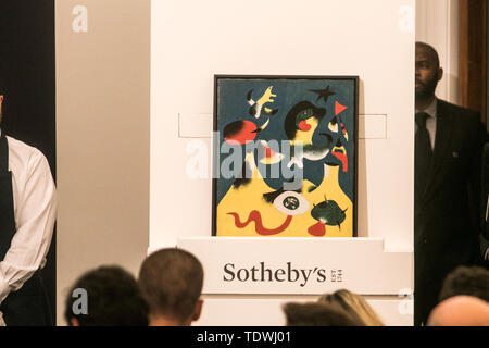 London UK. 19th June 2019. 'Peinture (L'Air)' by  Joan Miró, oil on canvas, Estimate £10,000,000m which sold at hammer for £10,400,000m at the Impressionist & Modern Art Evening Auction  at Sotheby's London Credit: amer ghazzal/Alamy Live News - Stock Image