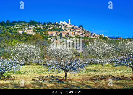 The village of Lacoste - Stock Image