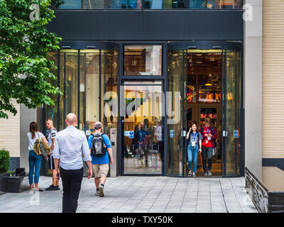 Facebook London Offices in Rathbone Place Fitzrovia, Central London - Architect Frank Gehry Opened 2018 - Stock Image