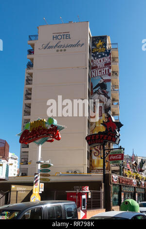 Benidorm, Costa Blanca, Spain, 25th February 2019. Two staff members at the Beachcomber pub in Benidorm New Town on the British square. Two British tourists have been arrested in relation to the alleged attack. Seen here are the Ambassador Hotel and the Western Saloon which are not connected to the reported incident. Credit: Mick Flynn/Alamy Live News - Stock Image