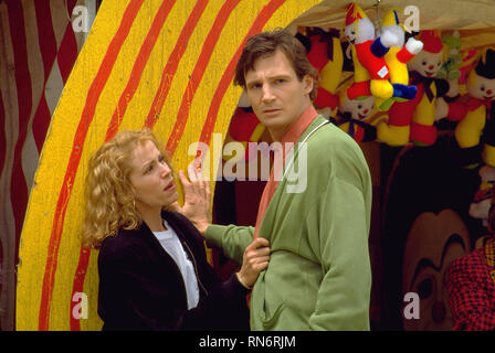 DARKMAN, FRANCES MCDORMAND, LIAM NEESON, 1990 - Stock Image