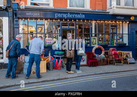 Paraphernalia,Antique,Vintage,Shop,King Street,Old Margate,Town,Margate,Thanet,Kent,England - Stock Image