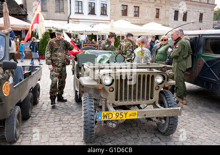 Soldiers and Willys at Rally VI military vehicles from World War II in Kazimierz Dolny, antique army cars event - Stock Image