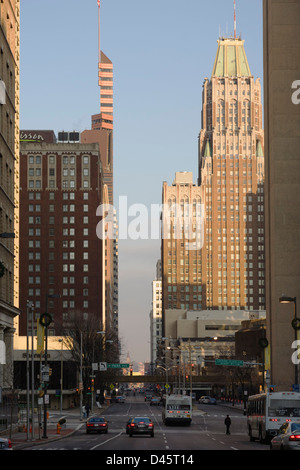 Looking east down West Baltimore Street, Downtown Baltimore, Maryland, USA - Stock Image