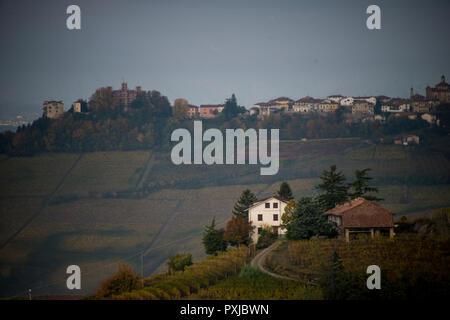 Looking west from Monforte d'Alba, Cuneo, in Piedmont, Italy over the hills and vineyards - Stock Image