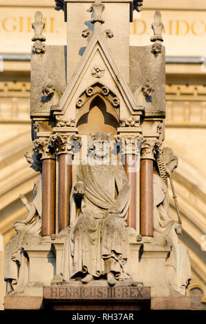 UK, England, London, Broad Sanctuary, Westminster Abbey and Westminster School Memorial, Henry III - Stock Image