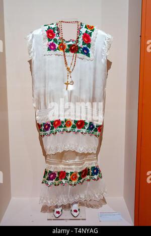 Zapotec culture de Oaxaca,Yalalteca costume at National Art Museum (Museo Nacional de Arte) , mexico city, mexico - Stock Image