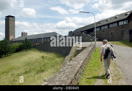 A visitors is pictured at the Ordensburg Vogelsang castle at Eiffel national park, Gemuend, Germany, 8 July 2007. - Stock Image