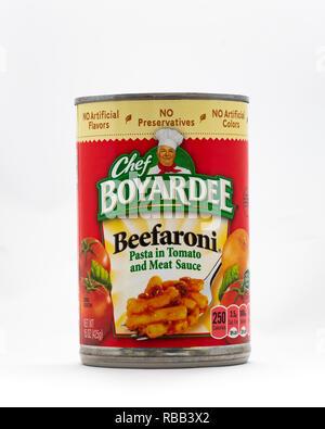A can of Chef Boyardee Beefaroni isolated. - Stock Image