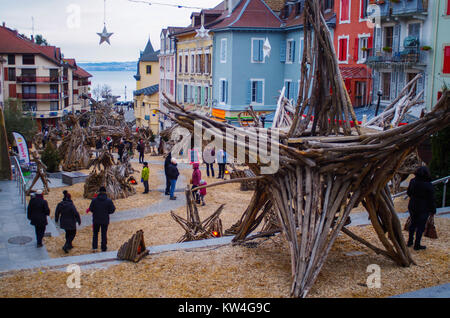 Évian-les-Bains, France, 29th Dec,  2017.  Town is filled with wood scultures for the exhibition of le fabuleux - Stock Image