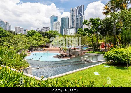 Petronas Towers from KLCC Park, Kuala Lumpur, Malaysia. - Stock Image