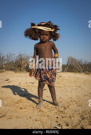 Portrait of a Mucubal tribe kid, Namibe Province, Virei, Angola - Stock Image