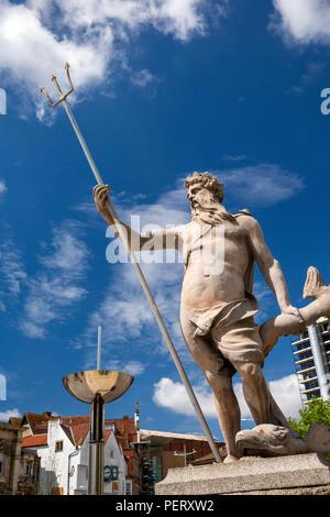 England, Bristol, Old City, Centre Promenade, statue of Neptune - Stock Image