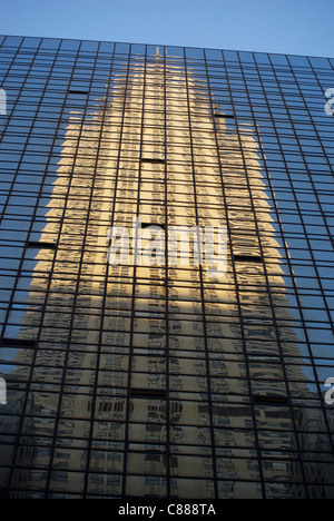 Chrysler Building Reflexion - Stock Image