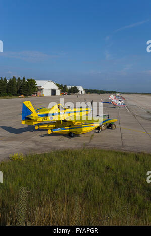 Air Tractor AT 802 A Fire Boss with floats Zemunik AFB Croatia empty free copy space - Stock Image