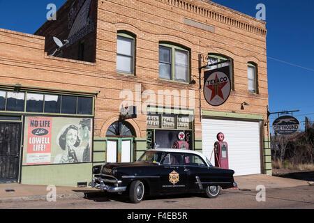 USA, Arizona, Bisbee. Scene in Lowell, an abandoned mining community. Credit as: Wendy Kaveney / Jaynes Gallery - Stock Image