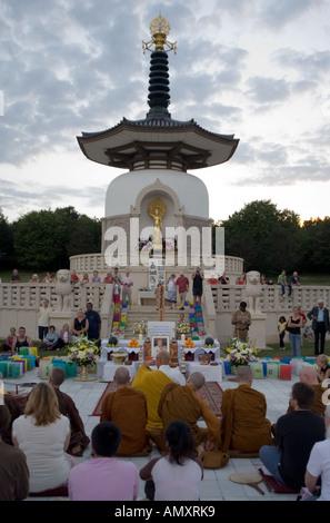 chanting for peace at the 61st Hiroshima Day Anniversary Commemoration Ceremony the Nipponzan Myohoji Buddhist Peace Pagoda Sund - Stock Image