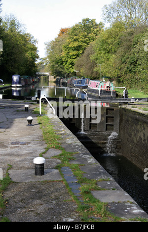 Cassio Bridge Lock No 78 on the Grand Union Canal, Near Cassiobury Park and Croxley, Watford, Hertfordshire, UK - Stock Image