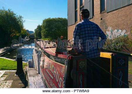 Traversing the locks at Aston, on the Birmingham & Fazeley Canal in Birmingham, West Midlands, UK. - Stock Image