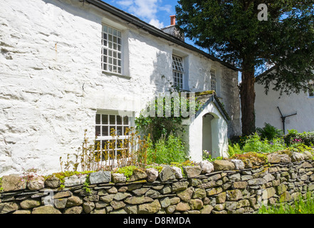 White Cottage at Stonethwaite in the Lake District - Stock Image